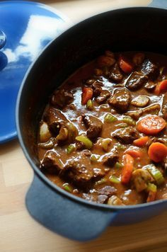 Meat Recipes, Recipies, Healthy Recipes, Czech Recipes, Chili, Good Food, Sweet Home, Food And Drink, Soup
