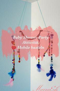 Möchtest Du Deine Gäste an der Baby Shower Party beschäftigen & dabei etwas einzigartiges für Dein Baby basteln? Dann ist ein Mobile das ideale Bastelwerk! Babyshower Party, Baby Shower Parties, Common Projects, Baby Crafts, Pregnancy, Kids, Ideas, Diaper Parties