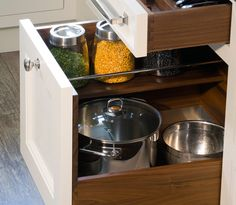 great pot drawers with hald-shelves.: OBrien Harris :.