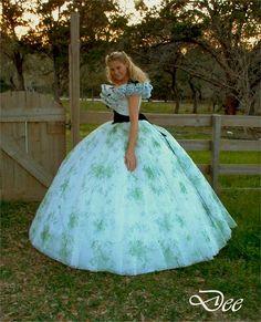 Amazing civil war dress | ... new version of the 12 oaks bbq gown / dress | Flickr - Photo Sharing