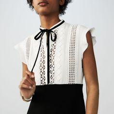 Vestido de crepé bicolor con bordados : Vestidos color Crudo