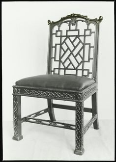 chinese chippendale chair I'm swooning