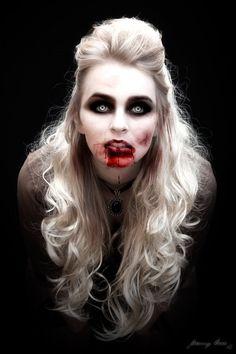 Vampire Blondie by ArtByJeremyKerr.deviantart.com on @DeviantArt