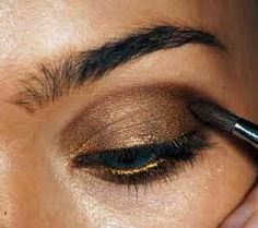 elizabeth swann. (dark and bronzed. love this.)