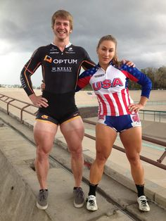 9 Killer Quad Exercises for Building Crazy Strong Legs Here's how to carve a pair of your own—on and off the bike. Cycling Tips, Cycling Workout, Gym Workouts, Road Cycling, Velo Biking, Quad Muscles, Ab Workout At Home, At Home Workouts, Quad Exercises
