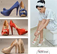 UN PASO MUY IMPORTANTE - 1-2 Para una novia que quiere salir del clásico blanco, Fragus tiene estos zapatos en color azul eléctrico con un detalle de nudo y pliegues. El color rojo es otro preferido por las novias. 3 Zapatos en color cobrizo, con detalles bordados y brillos en la parte de la talonera; un color que empieza a ganar más adeptas y se encuentra disponible en Fragus.