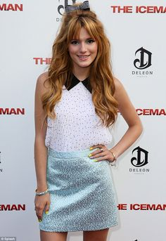 Bella Thorne #peterpancollar