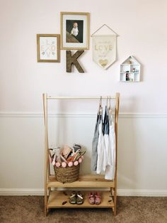 Diy Clothes Rack Pipe, Wood Clothing Rack, Wooden Clothes Rack, Kids Clothing Rack, Diy Clothing, Wardrobe Clothing, Clothing Organization, Male Clothing, Clothes Refashion