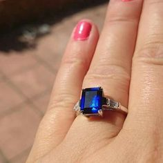 Gorgeous engagement ring bought from jewels boutique.