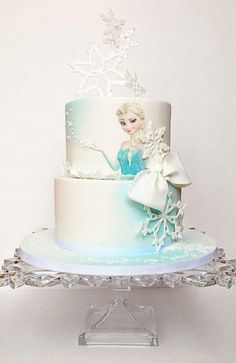 21 Disney Frozen Birthday Cake Ideas and Images - My Happy Birthday Wishes Whit. 21 Disney Frozen Birthday Cake Ideas and Images – My Happy Birthday Wishes White Snowflakes with Disney Frozen Cake, Frozen Theme Cake, Disney Frozen Birthday, Disney Cakes, Torte Frozen, Elsa Torte, Elsa Birthday Cake, Frozen Themed Birthday Party, Birthday Wishes