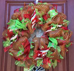 Red Green Deco mesh christmas wreath red green by WhatsOnYourDoor