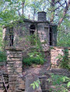 "Mistletoe Falls, or ""The Witches Castle"" as it has been known to local teenagers looking for a thrill, is an abandoned home on the Ohio River in Utica, Indiana.  The building appears to have been abandoned after a fire, and doesn't seem to be as old as many people may think."