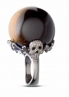 Lydia Courteille - large black pearl skull ring