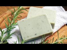 Instructions for making a natural rosemary soap recipe for oily skin. Includes a video showing how to make it using fresh rosemary & cambrian blue clay Soap Making Recipes, Homemade Soap Recipes, Soap Making Process, Cold Process Soap, Castile Soap Recipes, Coconut Oil Soap, Green Soap, Face Scrub Homemade, Home Made Soap