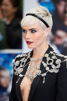 Delevingne accessorised her platinum pixie cut with a ribbon headband for the London premiere of [i]Valerian and the City of a Thousand Planets[/i].
