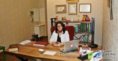 Uzun yıllardan beri çocuk doktoru olarak hizmet veren Özden Özsoy Koç, başarılı bir eğitim hayatının ardından bahçeşehir çocuk doktoru olarak loca ofiste.
