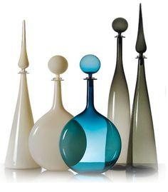 GLASS DECANTER BY JOE CARIATI