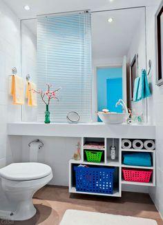 30 banheiros pequenos que fogem do convencional