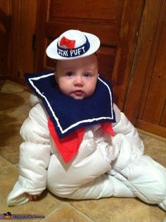 Little Miss Stay Puft - Halloween Costume Contest via Homemade Halloween Costumes, Halloween Party Themes, Scary Halloween Decorations, Halloween Costume Contest, Halloween Kostüm, Cute Costumes For Kids, Creative Costumes, Family Costumes, Children Costumes