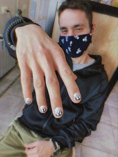 Drip Nails, Aycrlic Nails, Swag Nails, Hair And Nails, Subtle Nails, Edgy Nails, Men Nail Polish, Flame Nail Art, Hippie Nails
