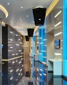 Excelsior Hotel Gallia, Milan - Architect + Lighting designer: Marco Piva – Lighting products: iGuzzini Illuminazione – Photo by Andrea Martiradonna #Trick #Graphiclighting #iGuzzini #Lighting #Light #Luce #Lumière #Licht #Inspiration #Architecture #Architettura #Effetti #LightingEffect #Hotel #iN90