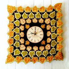 A Grandma Hankerchief Clock