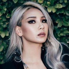 22 Ideas silver hair kpop girl for 2020 Cl Rapper, Blonde Asian Hair, Silver Hair Asian, Hair Color For Asian Skin, Asians With Blonde Hair, Asian Hair Dye, Ashy Hair, Hair Inspo, Hair Inspiration