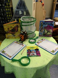 Caterpillar-butterfly investigation table New Class, Caterpillar, Investigations, Butterfly, Classroom, Teaching, Education, Nature, Table