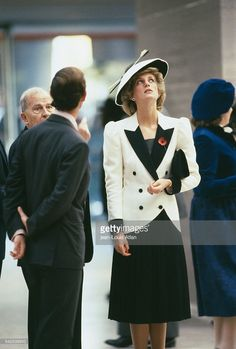 Prince Charles and Princess Diana of Wales visit Washington's National Gallery during their official trip to the United States.