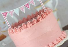 Gâteau au chocolat glaçage à la ganache chocolat blanc framboise | Féerie cake