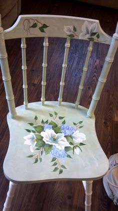 Sharon's old chair with the bamboo look , she did a beautiful job on ...