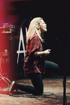 jenna mcdougall- tonight alive  What a amazing singer wow