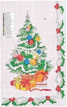 punto croce natale - Cerca con Google Hama Beads Christmas, Christmas Cross, Merry Christmas, Christmas Tree Wreath, Christmas Scenes, Blackwork Embroidery, Cross Stitch Embroidery, Bead Loom Patterns, Cross Stitch Patterns