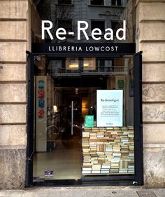 Re-Read: Llibreria Lowcost Merchandising Displays, Store Displays, Shop Interior Design, Retail Design, Shopping In Barcelona, Cafe Shop, Shop Fronts, Lovely Shop, Store Signs