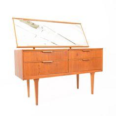Vintage Teak Dresser | dotandbo.com #DotandBoHoliday