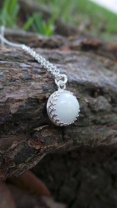 Crown Setting Breastmilk necklace