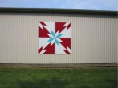 """Meet """"Ruby Blue"""" colourful rural art piece on the South Essex Barn Quilt Trail 