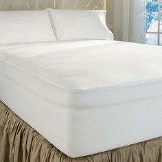 DreamFit 4-Degree Dream Cool Performance Fabric Mattress Protector, King, White DreamFit http://www.amazon.com/dp/B00A4EH0ZK/ref=cm_sw_r_pi_dp_5b2Pub0MX2XWD