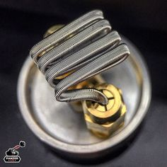 Finally got my #dooderda from the legendary @squidoode ! First build in:) many more to come. -> #coilbuild #vapeporn #vapelove #coil_architects #cleanbuilds #vapefam #vapelife #vapelyfe #vapecommunity #driplife #coilbuilds #coilporn #vapers #coilpage #vap