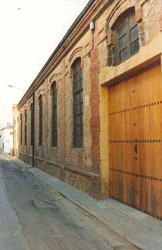 Fábrica de hilados y tejidos de lana en calle Higueruelos Antequera (Málaga)