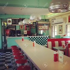 23736164-A-retro-style-fast-food-store--Stock-Photo.jpg (1300×1300)