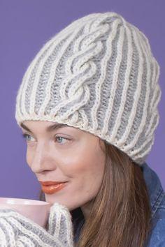 Ravelry: Palmikkopipo briossineuleella pattern by Minna Metsänen Knitting Socks, Knitted Hats, Stitch Patterns, Knitting Patterns, Woolen Socks, Cable Knit Hat, Cozy Blankets, Hats For Men, Soft Fabrics