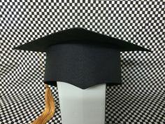 Birretes bordados!! Para llevarte un recuerdo de tu graduacion