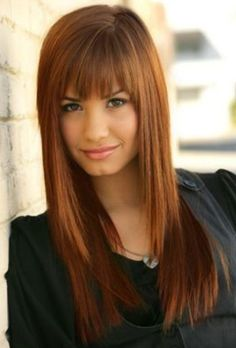 Demi Lovato Hairstyles: Cute Straight Haircut with Bangs