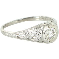 Pre-Owned Antique Deco Filigree Diamond Platinum Ring (5.895 NOK) ❤ liked on Polyvore featuring jewelry, rings, platinum, pre owned diamond rings, vintage rings, 1920s engagement rings, diamond engagement rings and wide-band diamond rings