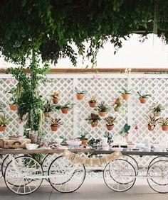 20 Unexpected Wedding Flower Ideas   TheKnot.com