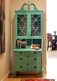 Home Decor - Lacquer update for grandma's secretary by Cheryl Ketner Interiors. Green Painted Furniture, Paint Furniture, Repurposed Furniture, Furniture Projects, Furniture Makeover, Vintage Furniture, Painted Secretary Desks, Antique Secretary Desks, Painted Desks