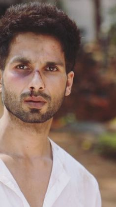Bollywood Posters, Bollywood Actors, Bollywood Celebrities, Galaxy Pictures, Sad Pictures, Beard Styles For Men, Hair And Beard Styles, Alone Boy Wallpaper, Neon Wallpaper