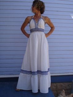 I'm thinking I need to find more Georgia Charuhas clothing :D    1970s Georgia Charuhas Mexican Halter Dress Size Small 2012212.