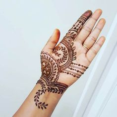 latest mhendi designs for hand